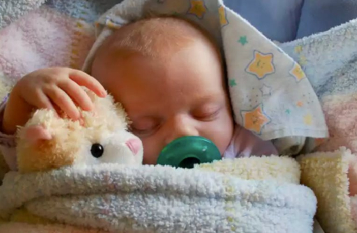 Pacifier and Soothers: A complete Guide