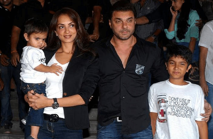 6 Bollywood Stars who had kids by Surrogacy