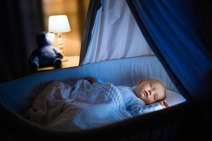 10 Easy Tips to make your baby sleep through the night