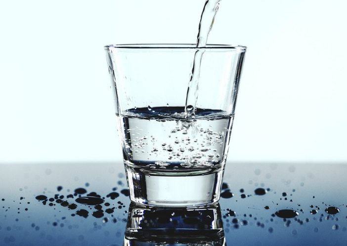 water for uti