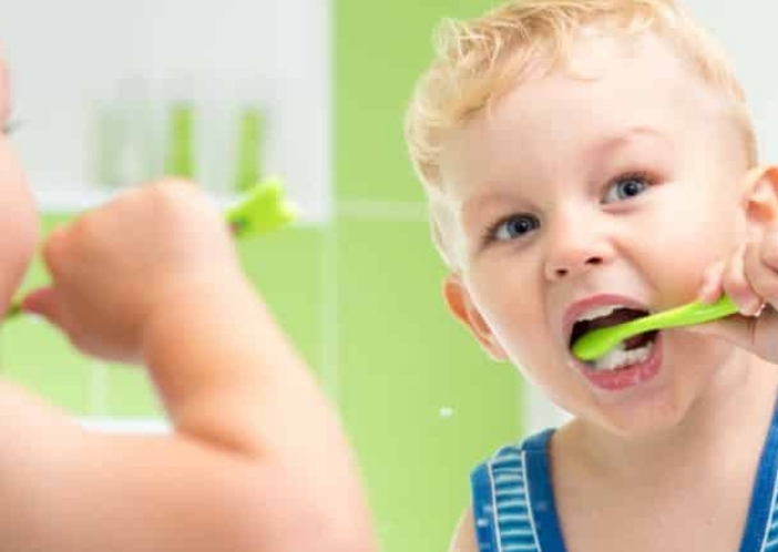 how to brush your child teeth