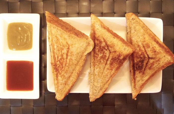 आलू का सैंडविच (Potato Sandwich Recipe)