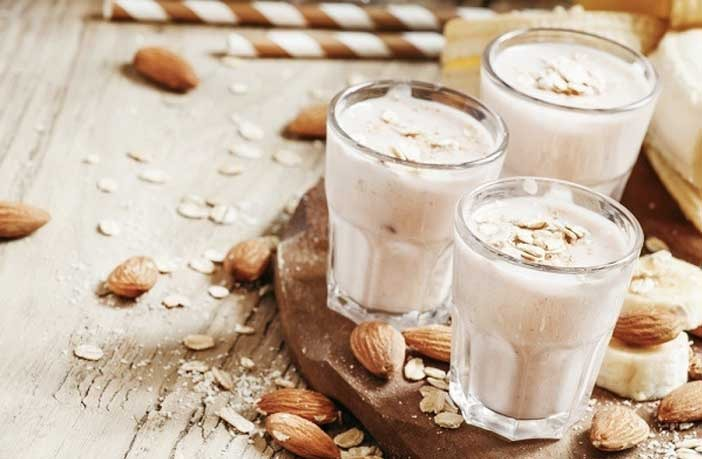 Badam Milk Recipe in Hindi